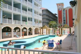 Sunset Red Vacation Condo, Myrtle Beach - Pool Area
